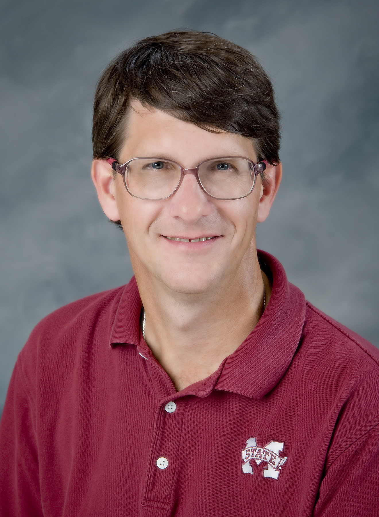 Mr. Holder Receives Arts & Sciences Teaching Award